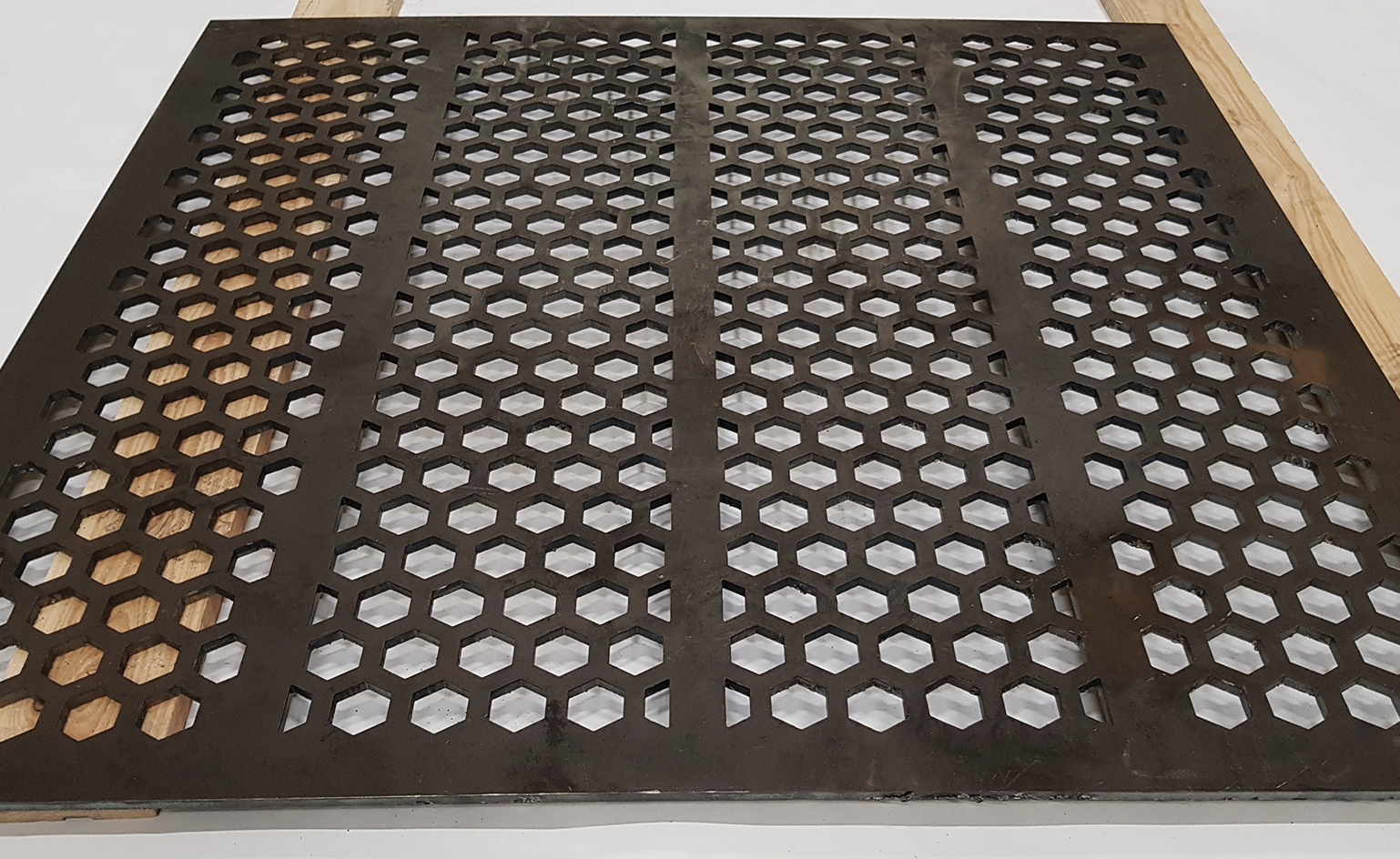 Hexagon holes Perforated metal screens