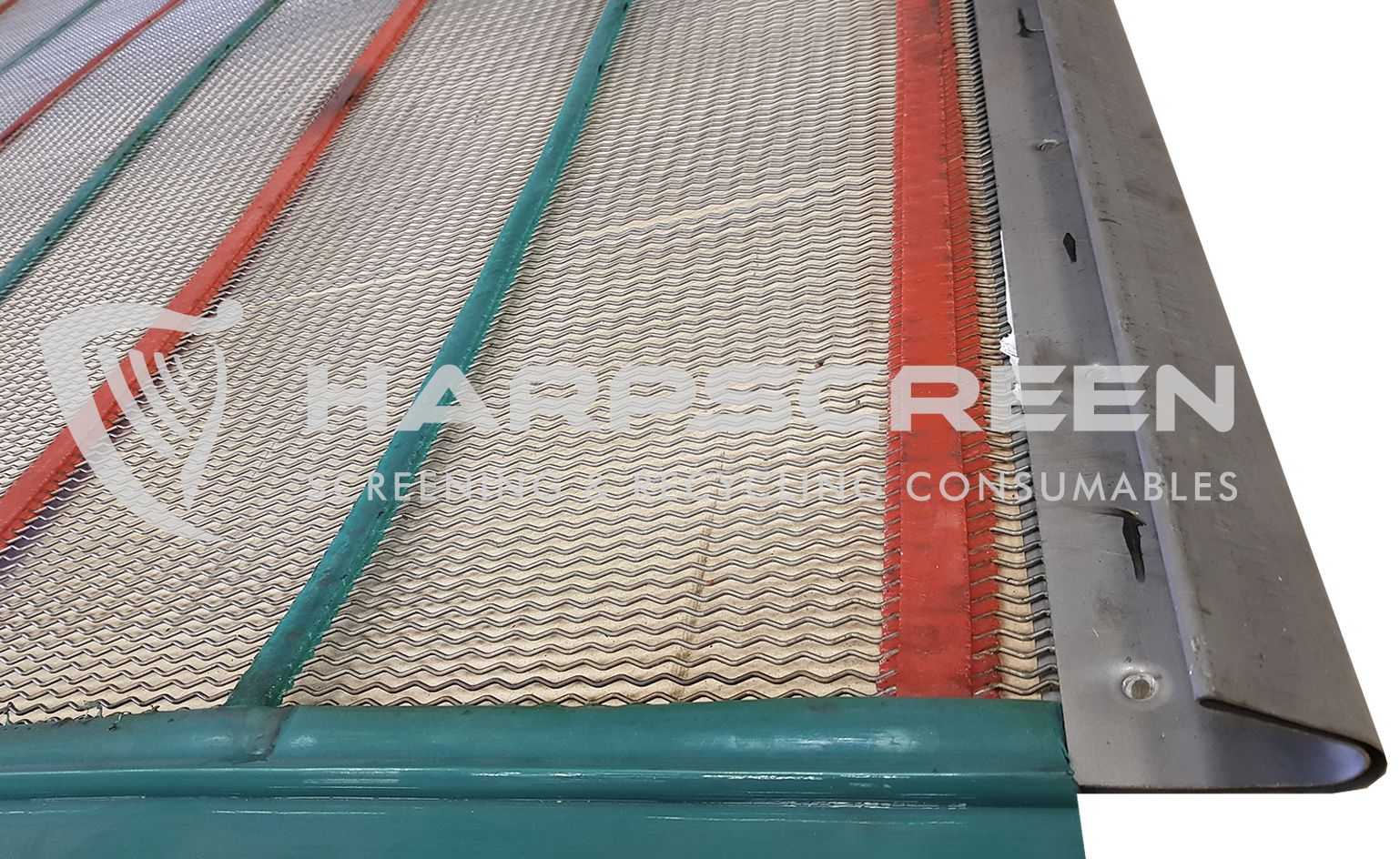 Zigzag self cleaning screen
